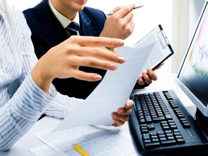 Пять примеров расчета доплаты за работу в праздничный день