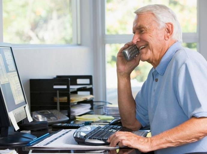 Почему пенсионеров мвд не берут на работу